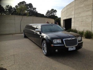 Affinity Limousines - Winery Tour Limo Hire Mornington (23)